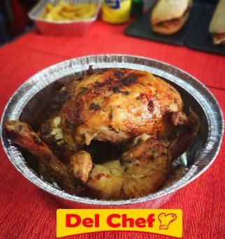 Foto de pollo asado a domicilio con descuento y cupones de aplicación móvil
